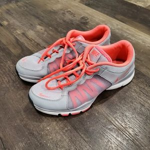Nike shoes womens 9
